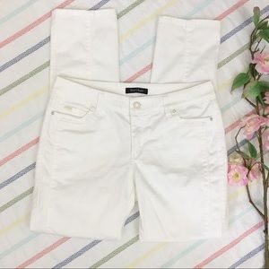 White House Black Market White Slim Ankle Pants